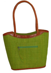 valy handbag in lime green